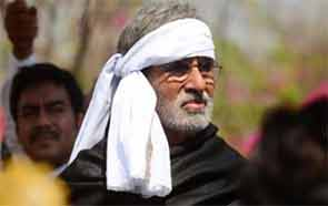 amitabh bachchan (Big B) in Satyagrah movie