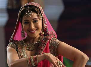 Madhuri Dixit in dedh ishqiya movie