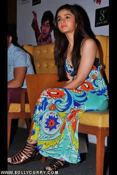 Pics Photos - Alia Bhatt Spotted At Igt For Promotion Of The Film ...