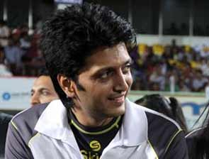 Ritesh deshmukh in Celebrity Cricket League