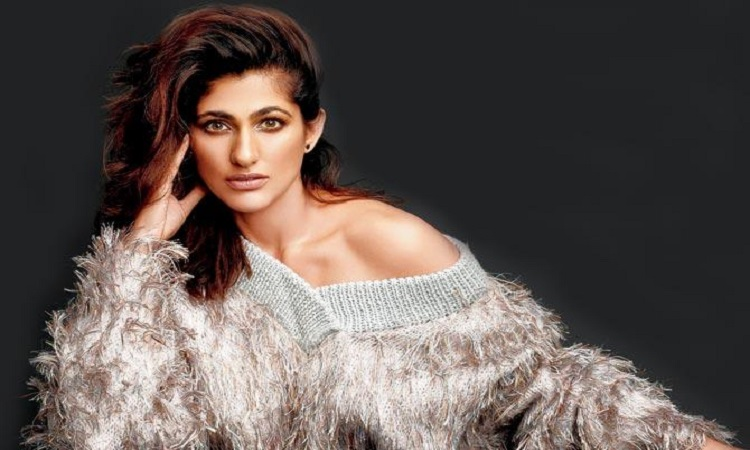 kubbra sait was bullied when she was young