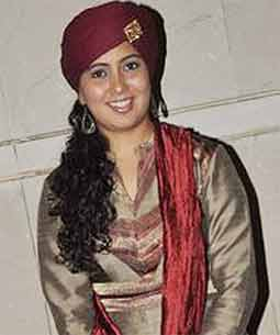 Singer harshdeep kaur
