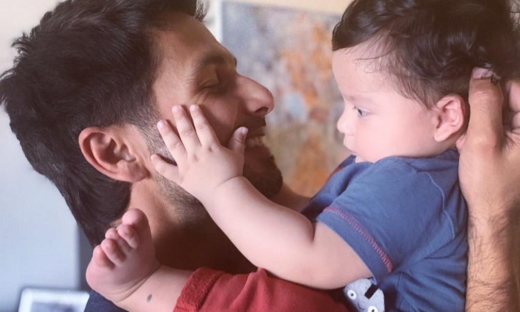 shahid kapoor with son zain kapoor