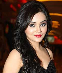 Bollywood actress Ragini Nandwani