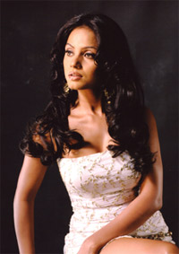 Beauty Care :  Neetu Chandra, actress