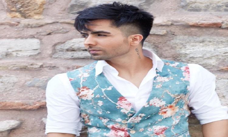 harrrdy sandhu to make a bollywood debut
