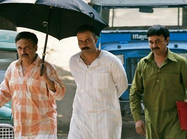review of gangs of wasseypur