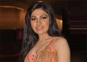 Bollywood playback singer tulsi kumar