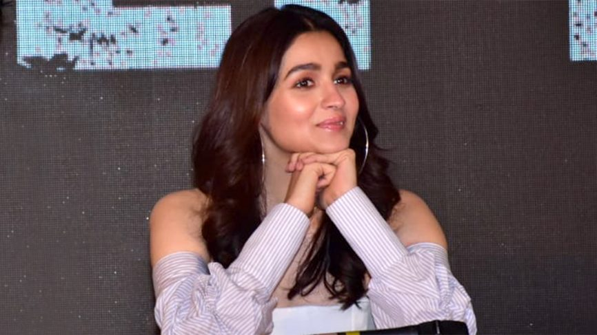 alia says commercial films depend on its story