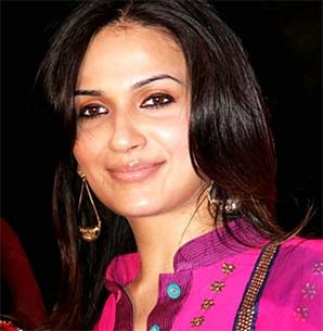 Soundarya daughter of rajanikanth