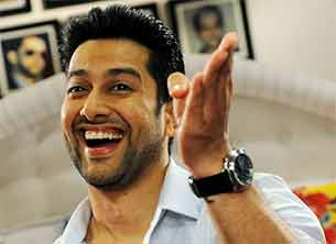 aftab shivdasani in grand masti movie
