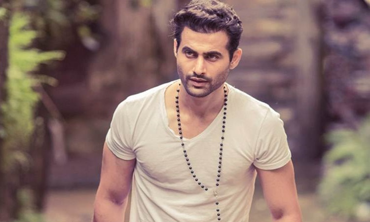 freddy daruwala becomes a father