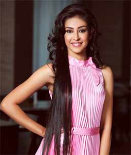 Femina Miss India World 2013 Navneet Kaur Dhillon walked the ramp for