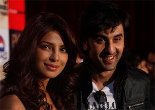 ranbir kapoor and priyanka chopra will co-host the 59th Filmfare awards