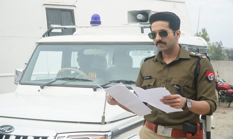 ayushmann wraps up shooting for article 15