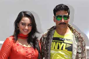 Akshay and Sonakshi