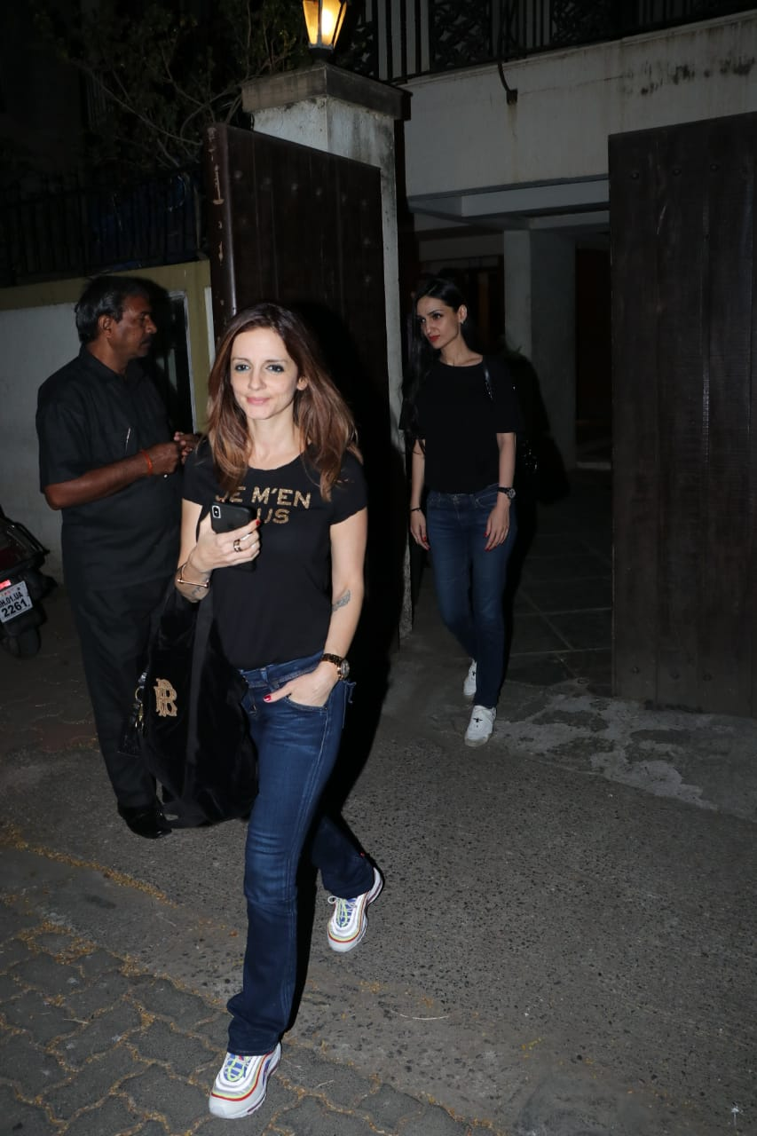 susanne khan spotted at sonali home