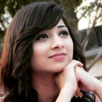 vrushika mehta height