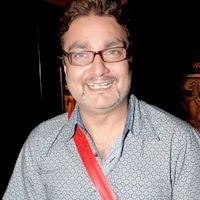 vinay pathak movies 2016
