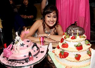 Popular Actor Tina Dutta Celebrates Her Birthday With