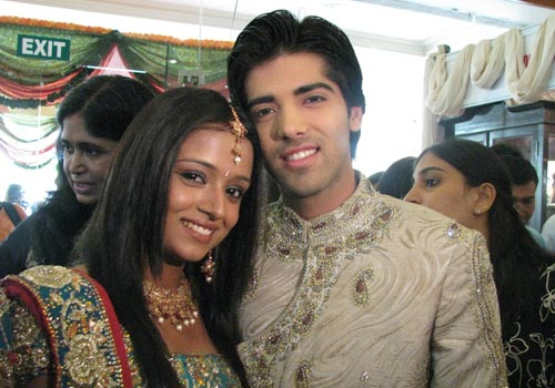 http://www.india-forums.com/tellybuzz/images/uploads/20081004004337_5.jpg