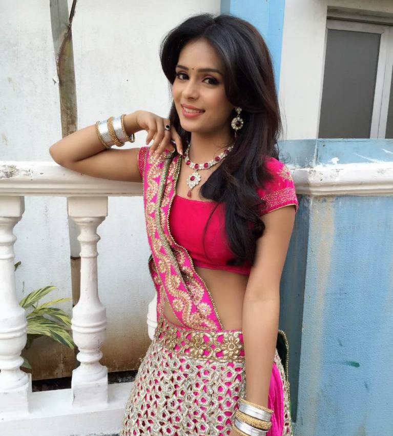 """Actress Sonal Vengurlekar from Trishulla Production's """"Yeh Vaada Raha"""" feels she is like her reel character Survi in real life too."""