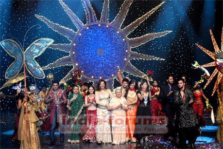 Star Parivar Stars on Stage