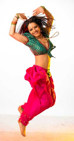 Dancing and acting go hand in hand :    Binny Sharma, finalist of Dance India Dance season 2