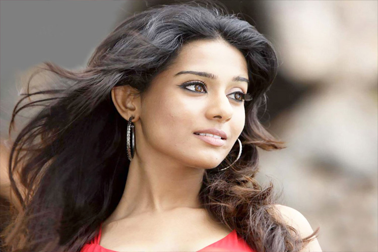 'Vivah' actress, Amrita Rao gets MARRIED...! | 31938
