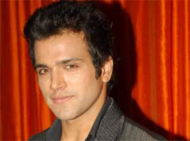 rithwik dhanjani wows DID judges