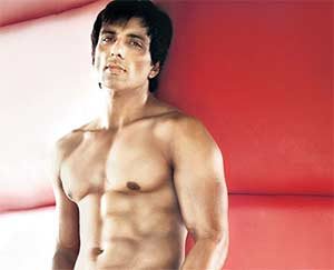 Sonu soods gym advice 39631 the six pack abs actor sonu sood says going to the gym should be an impromptu decision altavistaventures Images