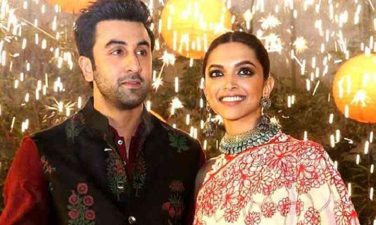 Ranbir Kapoor-Deepika Padukone to TEAM UP for THIS Film ...