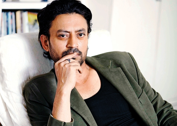 Feel lucky when there's no controversy: Irrfan Khan | 78450
