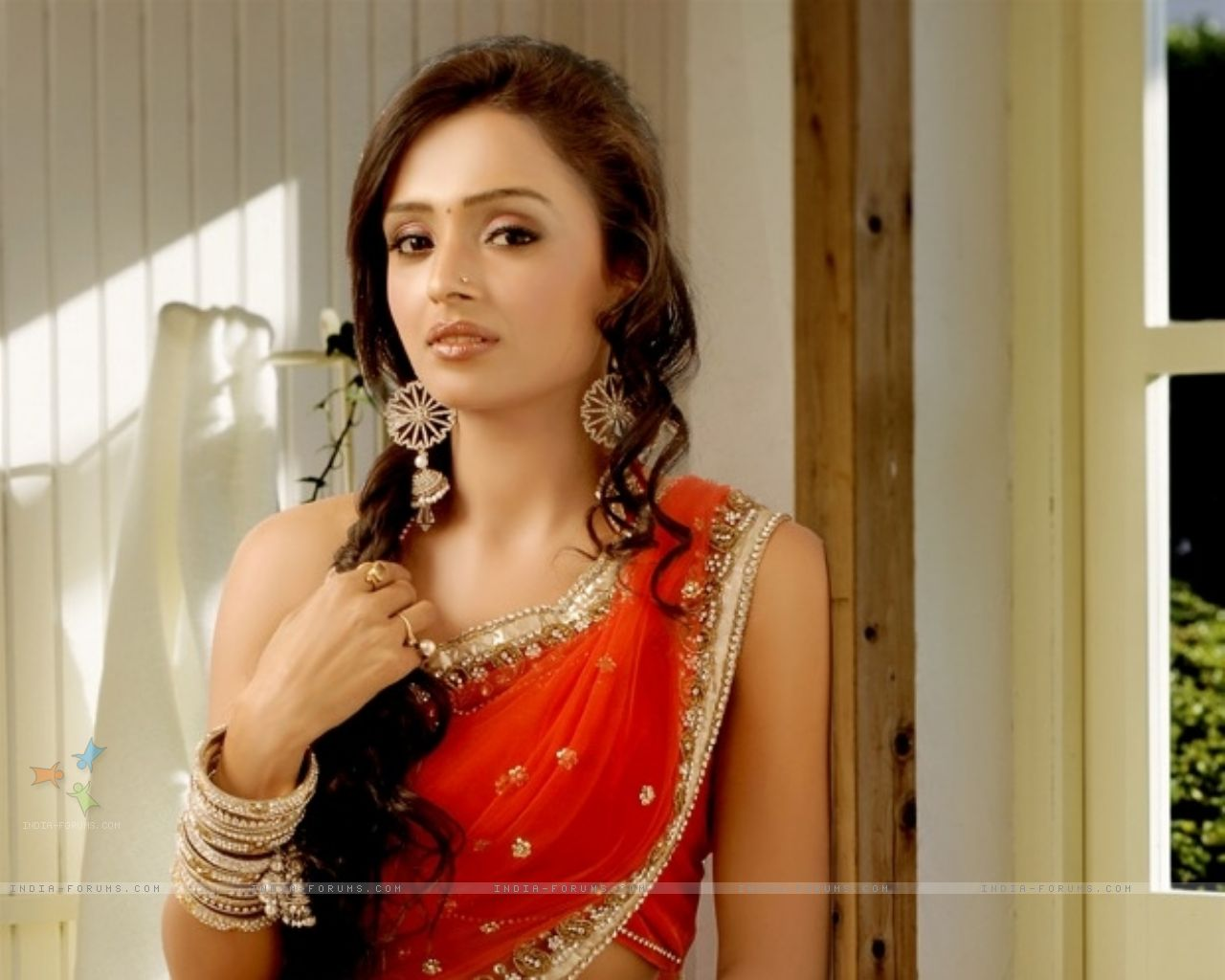 Watch Parul Chauhan video