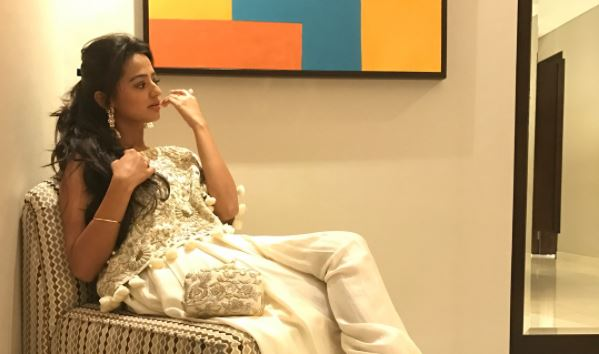 ThrowbackThursday: Helly Shah REMINISCES her first ever