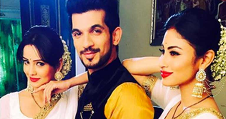 Why is Rithik romancing Shesha on Naagin? | India Forums