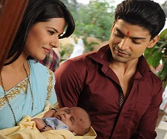 Aayu is back to Scindia family in Punar Vivah! | India Forums
