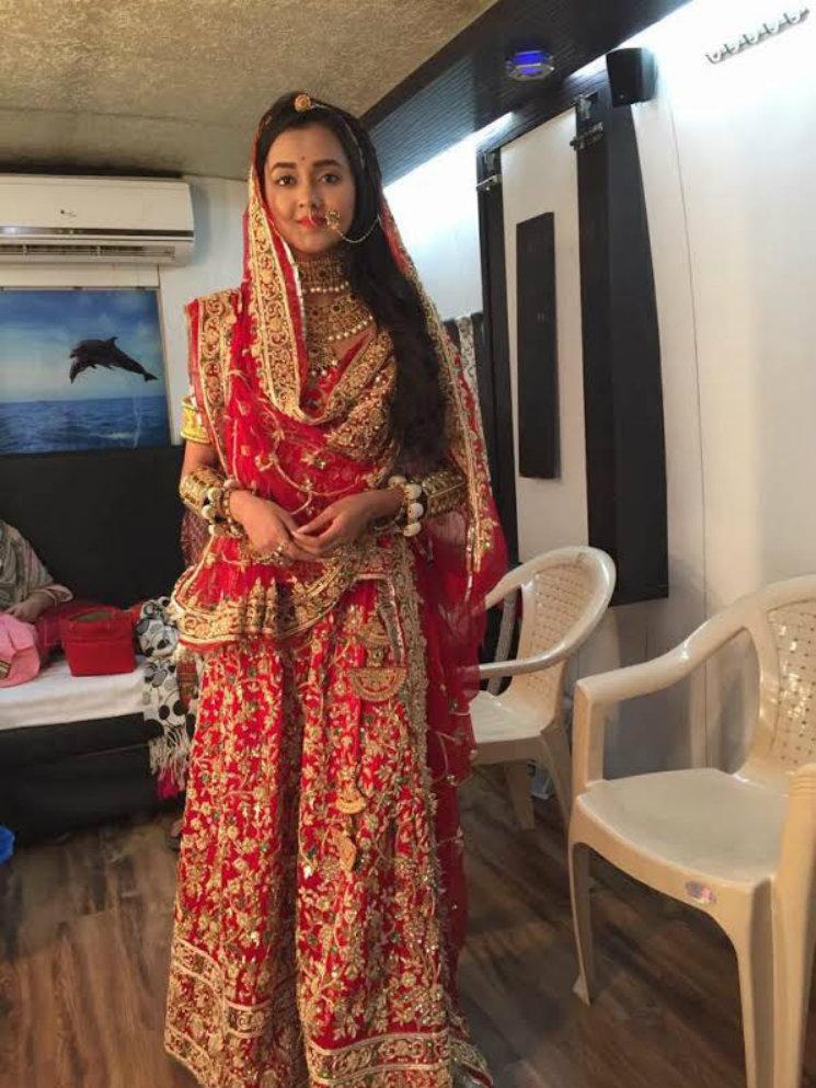 Stylebuzz Swaragini Girls Helly Shah And Tejasswi