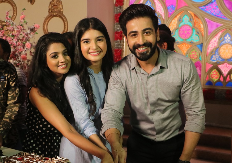 Jiji Maa celebrates completion of 200 episodes | India Forums