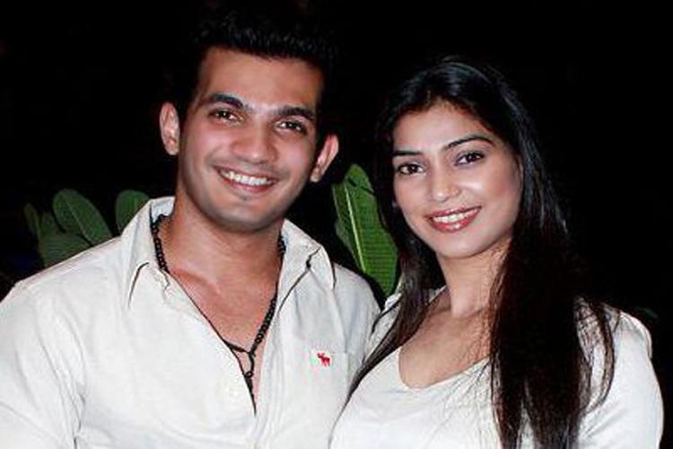 Arjun Bijlani and wife, Neha Swami to do NACH BALIYE? | India Forums