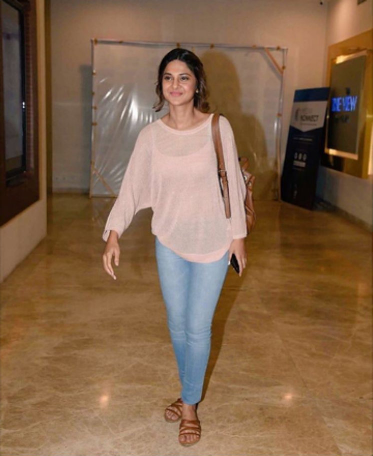#Stylebuzz: Check-out Jennifer Winget's Casual Night Out ...