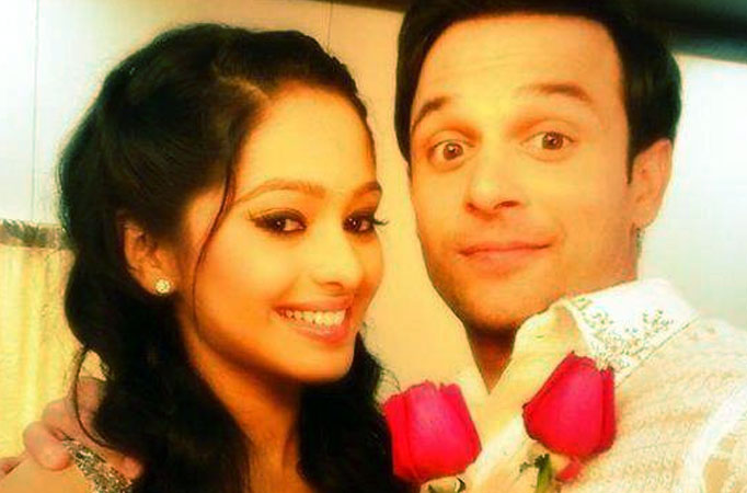 Mugdha chaphekar and ravish desai dating website