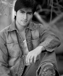 I cook Dal Chaval well' - Harshad Chopra | India Forums